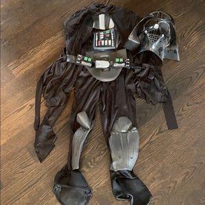 Boys Disney Darth Vader Costume size 5/6, EUC!